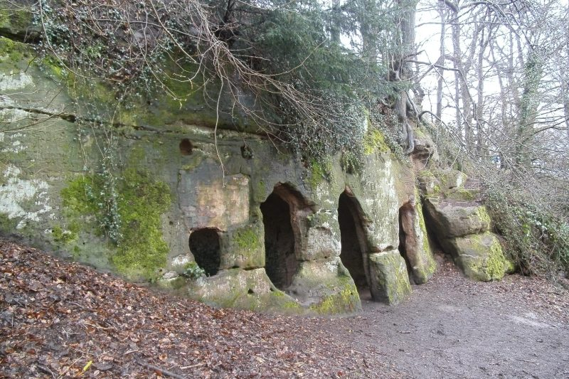 Hermits_Cave_(The_Hermitage),_Hermits_Wood,_Dale_Abbey,_Derbyshire_-_East_Midlands_of_England
